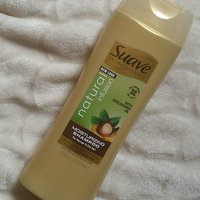 Suave Professionals Natural Infusion Shampoo, Macadamia Oil and White Orchid, 12.6 fl oz uploaded by Morgan V.