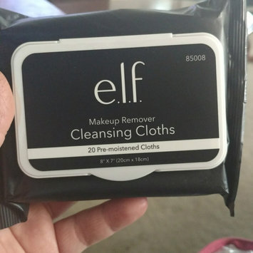 e.l.f. Studio Makeup Remover Cleansing Cloths uploaded by Briselda E.