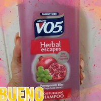 Alberto VO5® Pomegranate Bliss Moisturizing Shampoo uploaded by Roxana antonieta R.