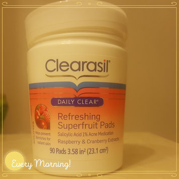 Photo of CLEARASIL® Daily Clear Refreshing Superfruit Pads uploaded by Linda F.
