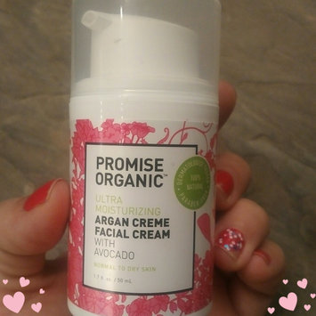 Nourish Organic Argan Face Serum Apricot + Rosehip uploaded by Amanda R.