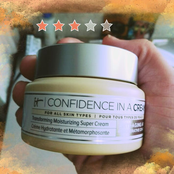 It Cosmetics Confidence in a Cream Transforming Moisturizing Super Cream uploaded by Christina C.