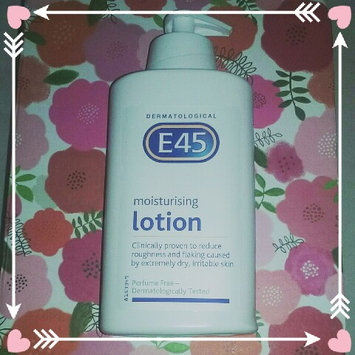 Photo of E45 Dermatological Moisturising Lotion (500ml) uploaded by Rosie Y.