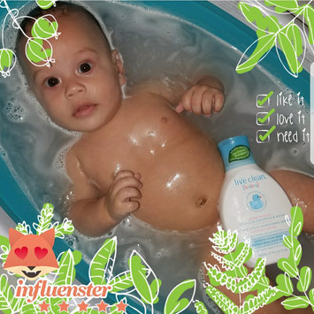 Photo of Live Clean Baby - Tearless Shampoo & Wash uploaded by Yassiel N.
