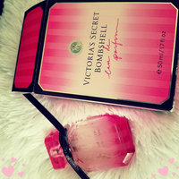 Victoria's Secret Bombshell Solid Perfume Necklace uploaded by Antonia G.