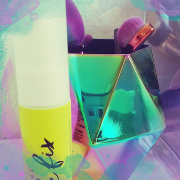 Urban Decay Quick Fix Hydracharged Complexion Prep Priming Spray uploaded by Krystal O.