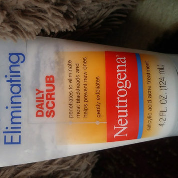 Photo of Neutrogena® Blackhead Eliminating Daily Scrub uploaded by Deja T.