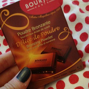 Bourjois Bronzing Powder - Délice de Poudre uploaded by Clover S.