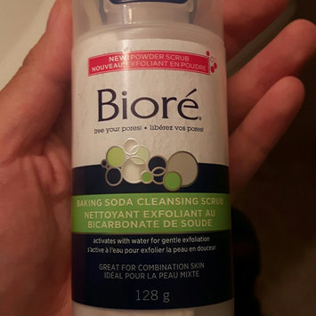 Photo of Bioré® Baking Soda Cleansing Scrub uploaded by Shaay M.