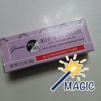 Black & White Bleaching Cream 1.5 oz. Tube uploaded by Tomeka M.