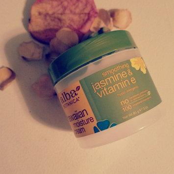 Alba Botanica Hawaiian Moisture Cream Smoothing Jasmine & Vitamin E uploaded by Aleah W.