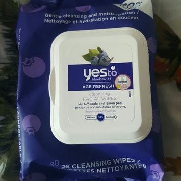 Photo of Yes To Blueberries Cleansing Facial Wipes uploaded by Jessica r.