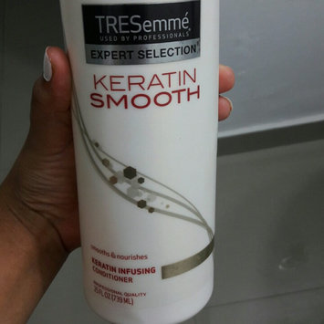 Photo of TRESemmé Keratin Infusing Conditioner uploaded by Daneymis BM-118761 P.