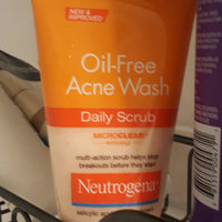 Neutrogena Oil Free Acne Wash Daily Scrub uploaded by Mariana D.