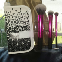 Real Techniques Highlight and Glow Brush Set 4 pc uploaded by jessica w.