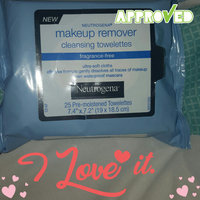 Neutrogena Cleansing Towelettes Fragrance-Free Makeup Remover uploaded by Ilene Y.