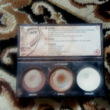 City Color Cosmetics Contour Effects Palette uploaded by Nicoläa G.