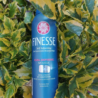 Finesse Self Adjusting Mousse uploaded by Paola G.