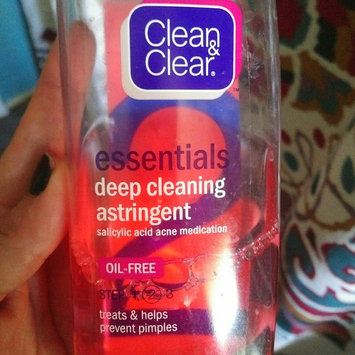 Photo of Clean & Clear® Essentials Deep Cleaning Astringent uploaded by Amanda R.