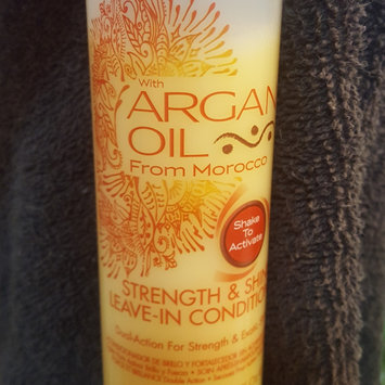 Photo of Creme Of Nature Strength & Shine Leave-in Conditioner uploaded by Kayla T.