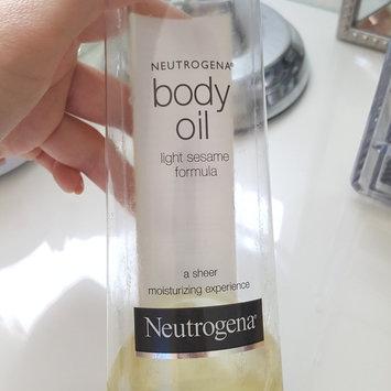 Photo of Neutrogena® Body Oil uploaded by Priscilla C.