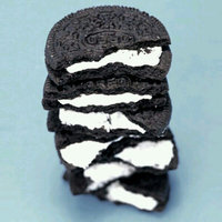Nabisco Oreo - Sandwich Cookies - Chocolate Berry Creme uploaded by Liliana L.