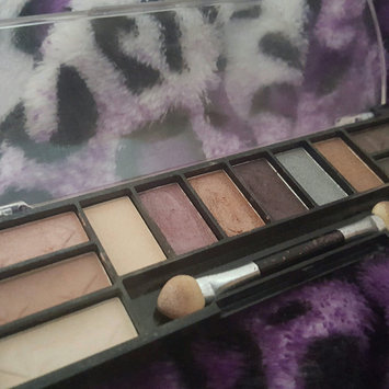 Photo of L.A. Colors Day to Night 12 Color Eyeshadow uploaded by Zion B.