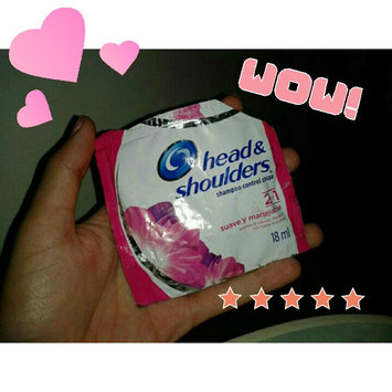 Photo of Head & Shoulders Smooth & Silky Shampoo uploaded by Rosdelia G.