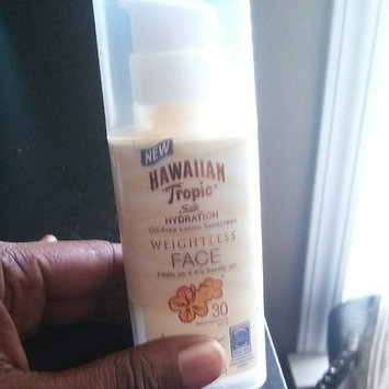 Hawaiian Tropic Silk Hydration Sunscreen Face Lotion with SPF 30 - 1. uploaded by Angerlette P.