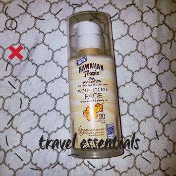 Photo of Hawaiian Tropic® Silk Hydration Weightless SPF 30 Face Sunscreen uploaded by Bellamy R.