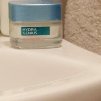 L'Oreal Paris Hydra Genius Extra Dry Skin Daily Liquid Care uploaded by ashley l.
