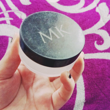 Photo of Mary Kay® Translucent Loose Powder uploaded by vane r.