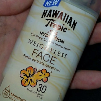Hawaiian Tropic Silk Hydration Sunscreen Face Lotion with SPF 30 - 1. uploaded by Ashely M.