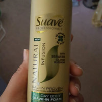 Suave Professionals Natural Infusion Leave-In Foam, Seaweed and Lotus Blossom, 5 fl oz uploaded by Akosita M.