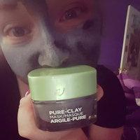 L'Oréal Paris Detox & Brighten Pure-Clay Mask uploaded by Lizzie M.
