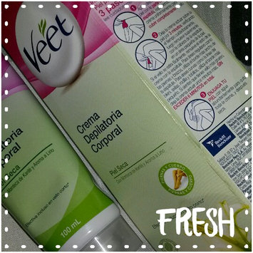 Veet - Hair Removal Cream - Shea Butter & Lily Fragrance (for dry skin) (Green) 100ml uploaded by Tobi A.