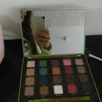 Photo of Urban Decay Vice3 uploaded by Isabella L.