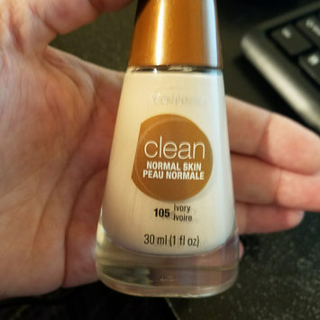 COVERGIRL Clean Normal Liquid Makeup uploaded by Ashley D.