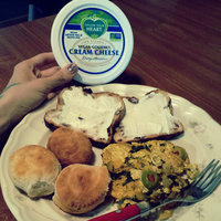 Follow Your Heart Organic Vegan Cream Cheese Gourmet, Size: 8 Oz (Pack of 8) uploaded by Kat M.