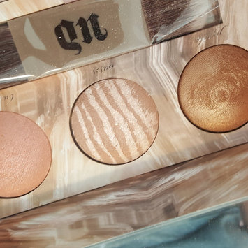 Photo of Urban Decay Naked Illuminated Trio Shimmering Powder for Face and Body uploaded by Kayla F.