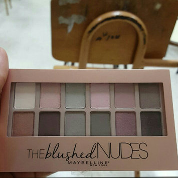 Maybelline New York Expert Wear The Blushed Nudes Shadow Palette uploaded by Nani L.