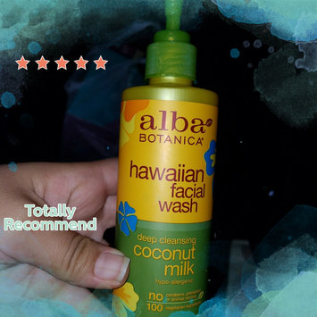 Alba Botanica Hawaiian Facial Cleanser Pore Purifying Pineapple Enzyme uploaded by Lidia R.