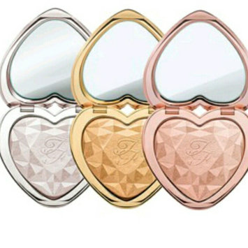 Photo of Too Faced Let It Glow Highlight and Blush Kit uploaded by Archadia B.