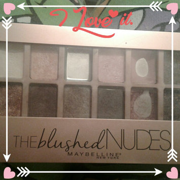 Maybelline New York Expert Wear The Blushed Nudes Shadow Palette uploaded by Tiffany T.