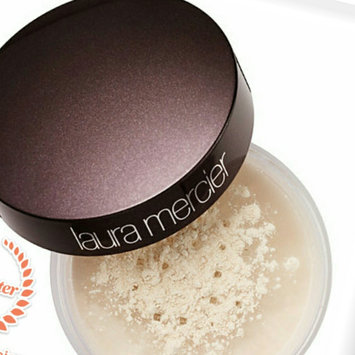 Laura Mercier Translucent Loose Setting Powder uploaded by makeup r.