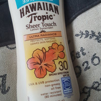 Hawaiian Tropic Sheer Touch Oil-Free Sunscreen uploaded by Erlyn P.