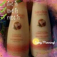 Live Clean® Coconut Milk Moisturizing Conditioner uploaded by L3xyl3w S.