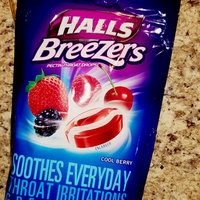 Halls Breezers: Cool Berry Non-Mentholated Pectin Throat Drops uploaded by keren a.