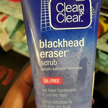 Photo of Clean & Clear® Blackhead Eraser™ Scrub uploaded by Donnesha F.