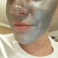 Enlite Super Face LIQUID ASSETS Detoxifying Platinum Peel-Off Mask uploaded by Jessica J.
